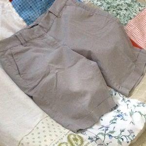 Ann Taylor Bermuda shorts
